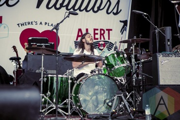 Vince Nudo of Kurt Vile & The Violators. (Photo: Neil Van/Aesthetic Magazine Toronto)