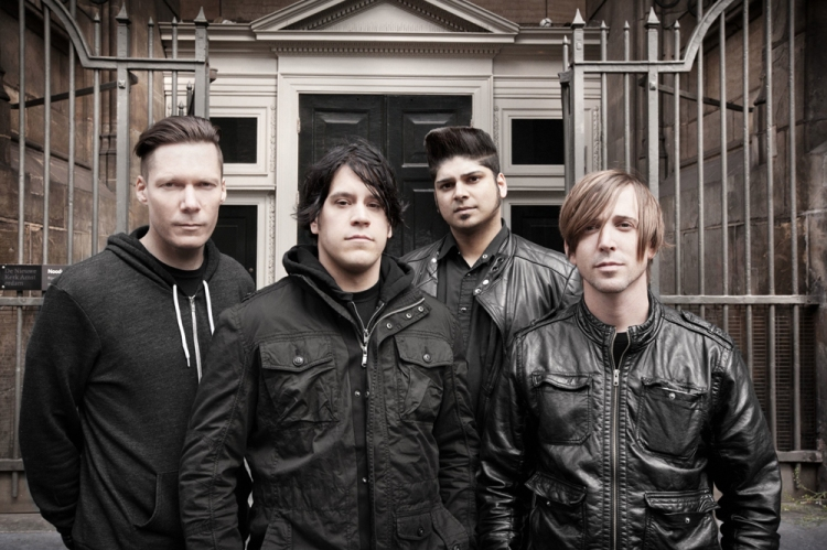 Jon Gallant of Billy Talent (center). (Photo: Dustin Rabin)
