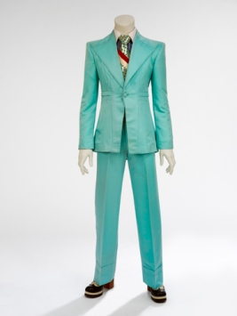 Ice-blue suit, 1972. Designed by Freddie Burretti for the 'Life on Mars?' video (Courtesy of The David Bowie Archive. Image © Victoria and Albert Museum)
