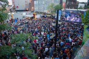The crowd during Joel Plaskett Emergency. (Photo: Lauren Garbutt/Aesthetic Magazine Toronto)