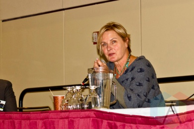 Denise Crosby (Star Trek: The Next Generation) at Toronto ComiCon. (Photo: Adam Harrison/Aesthetic Magazine Toronto)