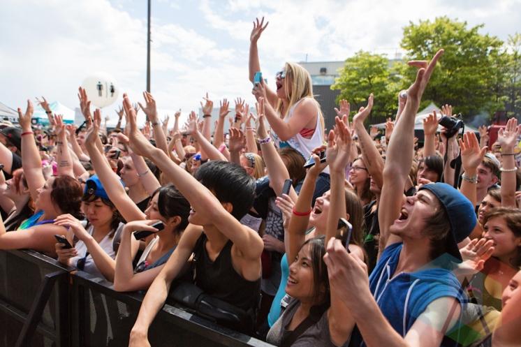 The crowd for Watsky. (Photo: Lauren Garbutt/Aesthetic Magazine Toronto)