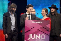 July Talk presenting Video of the Year award at the 2015 JUNO Gala Dinner and Awards at the Hamilton Convention Centre. (Photo: CARAS)