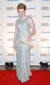 Jenn Grant arrives on the red carpet at the 2015 JUNO Gala Dinner and Awards at the Hamilton Convention Centre. (Photo: CARAS)