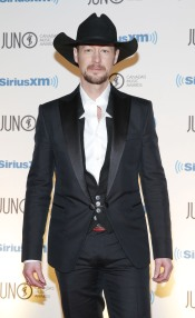 Paul Brandt arrives on the red carpet at the 2015 JUNO Gala Dinner and Awards at the Hamilton Convention Centre. (Photo: CARAS)