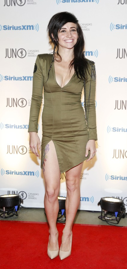 Lights arrives on the red carpet at the 2015 JUNO Gala Dinner and Awards at the Hamilton Convention Centre. (Photo: CARAS)