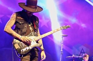 Yelawolf performing at Musink Festival. (Photo: Santos Velasco/Aesthetic Magazine Toronto)