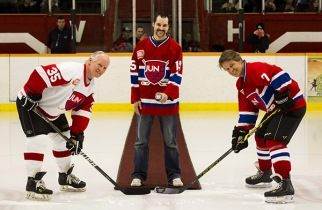 JUNO Cup 2015 ceremonial face-off with NHL great Mark Napier (L) and rocker Jim Cuddy. (Photo: CARAS)