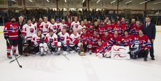 Post game photo with NHL Greats and Rockers at the 2015 JUNO Cup. (Photo: CARAS)