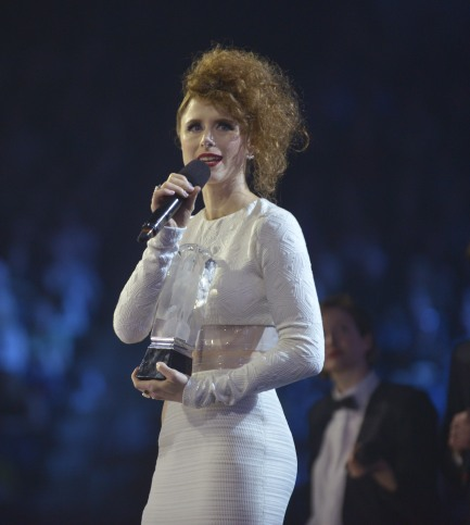 Breakthrough Artist of the Year winner Kiesza during the 2015 JUNO Awards at FirstOntario Centre in Hamilton on March 15, 2015. (Photo: CARAS)