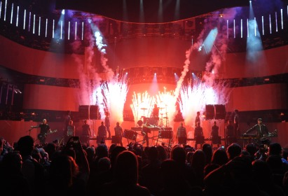 """Hedley performs """"Anything"""" during the 2015 JUNO Awards at FirstOntario Centre in Hamilton on March 15, 2015. (Photo: CARAS)"""