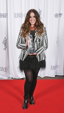 Canadian Music Hall of Fame inductee Alanis Morissette backstage at 2015 JUNO Awards at FirstOntario Centre in Hamilton on March 15, 2015. (Photo: CARAS)
