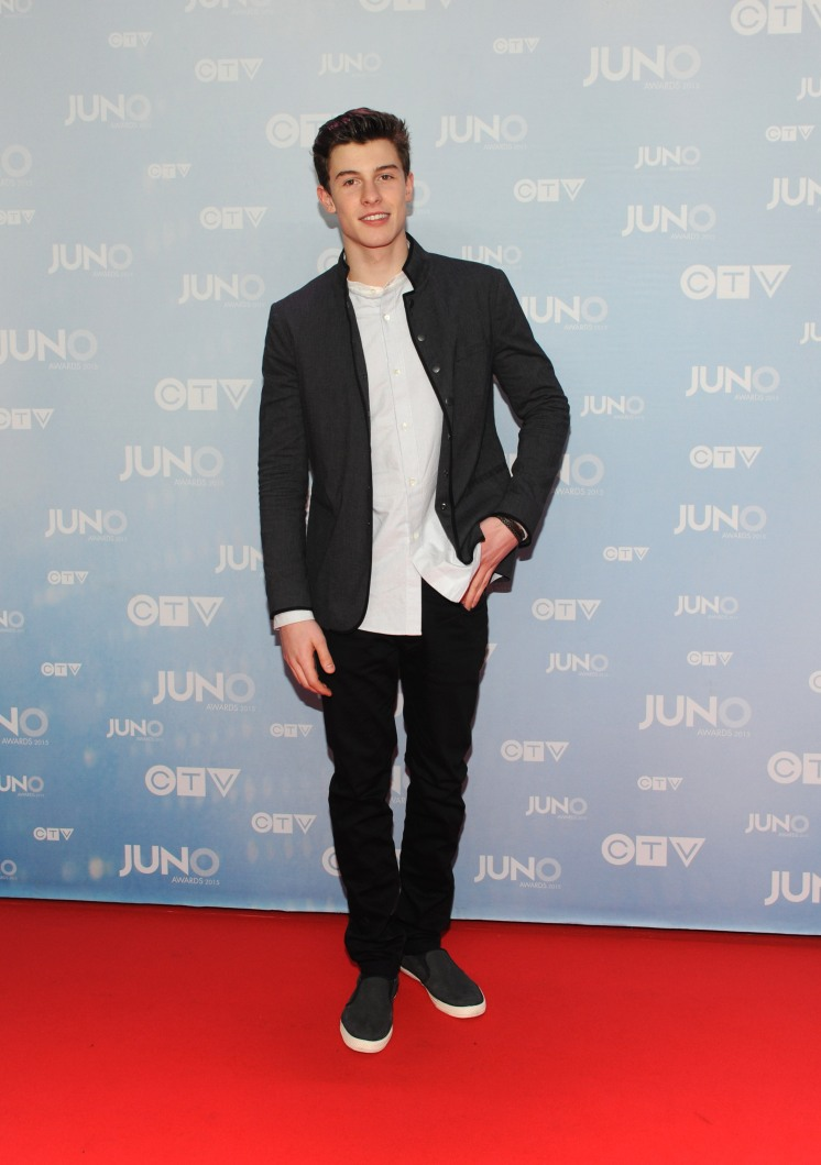 Shawn Mendes on the red carpet at 2015 JUNO Awards at FirstOntario Centre in Hamilton on March 15, 2015. (Photo: CARAS)