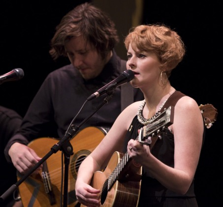 Jenn Grant with accompanist Daniel Ledwell at the 2015 JUNO Songwriters' Circle. (Photo: CARAS)