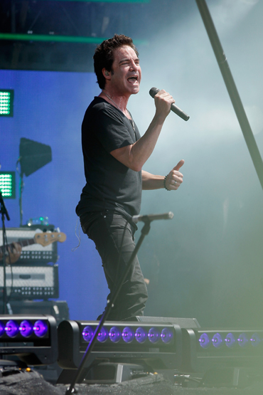 Patrick Monahan of Train performs onstage at the Global Citizen 2015 Earth Day at The National Mall on April 18, 2015 in Washington, DC. (Photo: Paul Morigi/Getty Images)