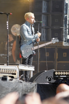 Pete Wentz of Fall Out Boy performs onstage at the Global Citizen 2015 Earth Day at The National Mall on April 18, 2015 in Washington, DC. (Photo: Paul Morigi/Getty Images)