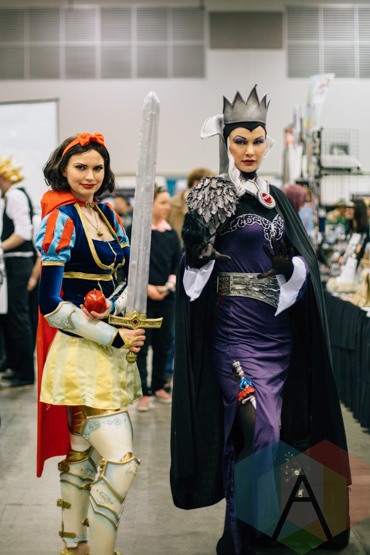 Snow White at Fan Expo Vancouver 2015. (Photo: Steven Shepherd/Aesthetic Magazine Toronto)