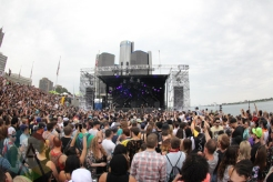 Dubfire performing at Movement Detroit 2015. (Photo: Jamie Limbright/Aesthetic Magazine)