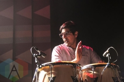 Jose Gonzalez performing at The Regent Theatre in Los Angeles on April 30th, 2015. (Photo: Amanda Cain/Aesthetic Magazine Toronto)