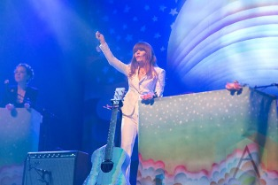 Jenny Lewis performing at The Fox Theatre in Oakland, CA on May 28, 2015. (Photo: Raymond Ahner/Aesthetic Magazine)