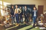 """Interview: Kaiser Chiefs Talk """"Education"""", Pre-Show Rituals, & LeedsUnited"""