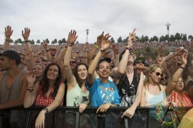 The crowd during Chromeo's performance at Sasquatch 2015. (Photo: Matthew Thompson/Aesthetic Magazine Toronto)