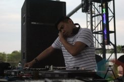 Mike Servito performing at Movement Detroit 2015. (Photo: Jamie Limbright/Aesthetic Magazine)