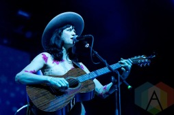 Nikki Lane performing at The Fox Theatre in Oakland, CA on May 28, 2015. (Photo: Raymond Ahner/Aesthetic Magazine)