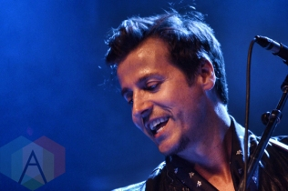 Raine Maida and Chantal Kreviazuk performing at The Mod Club in Toronto, ON on May 27, 2015. (Photo: Justin Roth/Aesthetic Magazine)