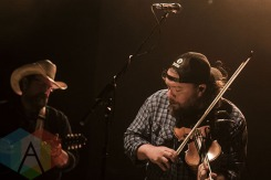 Trampled By Turtles performing at the Royal Oak Music Theatre in Detroit, MI on May 27, 2015. (Photo: Amanda Cain/Aesthetic Magazine)