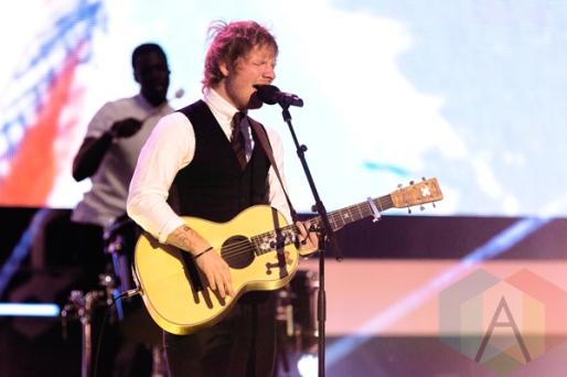 Ed Sheeran performing at the 2015 MMVAs in Toronto, ON on June 21, 2015. (Photo: Adam Pulicicchio/Aesthetic Magazine)