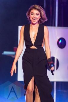 Sarah Hyland at the 2015 MMVAs in Toronto, ON on June 21, 2015. (Photo: Adam Pulicicchio/Aesthetic Magazine)
