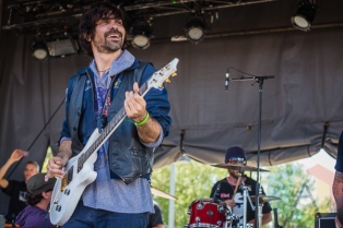 CKY performing at Amnesia Rockfest in Montebello, QC on June 19, 2015. (Photo: Scott Penner/Aesthetic Magazine)
