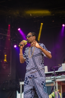 Snoop Dogg performing at Amnesia Rockfest in Montebello, QC on June 20, 2015. (Photo: Scott Penner/Aesthetic Magazine)