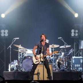 Keith Urban performing at Ottawa Bluesfest on July 16, 2015. (Photo: Marc DesRosiers)