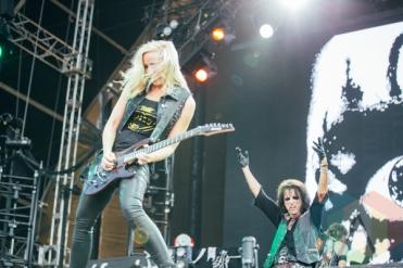 Alice Cooper performing at the Pemberton Music Festival on July 18, 2015. (Photo: Steven Shepherd/Aesthetic Magazine)