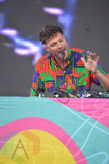 Rich Aucoin performing at Nathan Philips Square in Toronto, ON on July 14th, 2015 as part of Panamania 2015. (Photo: Justin Roth/Aesthetic Magazine)