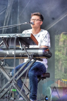 Kevin Garrett performing at Wayhome Festival on July 25, 2015. (Photo: Justin Roth/Aesthetic Magazine)