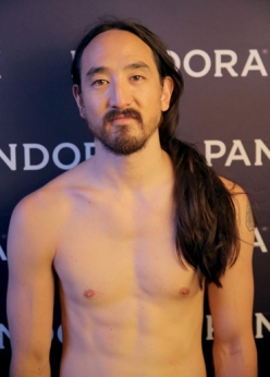 Steve Aoki attends Pandora Summer Crush 2015 at L.A. LIVE in Los Angeles on Aug. 15, 2015. (Photo: Chelsea Lauren/Getty)