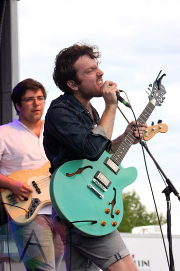 The Elwins performing at the Wolfe Island Music Festival on Aug. 8, 2015. (Photo: Curtis Sindrey/Aesthetic Magazine)