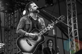 David Nail performing at Boots and Hearts 2015 on Aug. 8, 2015. (Photo: Alyssa Balistreri/Aesthetic Magazine)
