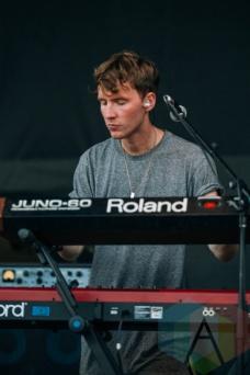 Coasts performing at the Squamish Music Festival on Aug. 7 , 2015. (Photo: Steven Shepherd/Aesthetic Magazine)