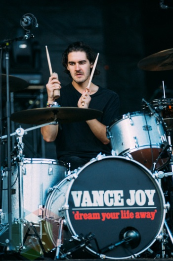 Vance Joy performing at the Squamish Music Festival on Aug. 7 , 2015. (Photo: Steven Shepherd/Aesthetic Magazine)