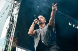 SonReal performing at the Squamish Music Festival on Aug. 8, 2015. (Photo: Steven Shepherd/Aesthetic Magazine)
