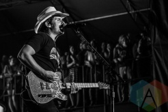 Brad Paisley performing at Boots and Hearts 2015 on Aug. 7, 2015. (Photo: Alyssa Balistreri/Aesthetic Magazine)