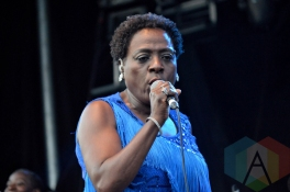Sharon Jones and The Dap-Kings performing at Riverfest Elora 2015 on Aug. 14, 2015. (Photo: Justin Roth/Aesthetic Magazine)