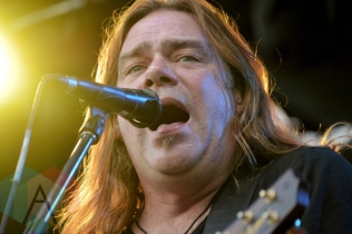 Alan Doyle (of Great Big Sea) performing at Riverfest Elora 2015 on Aug. 15, 2015. (Photo: Justin Roth/Aesthetic Magazine)