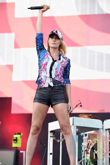 Emily Haines of Metric performing at the 2015 Budweiser Made in America Festival at Benjamin Franklin Parkway on Sept. 6, 2015 in Philadelphia, PA. (Photo: Kevin Mazur/Getty)