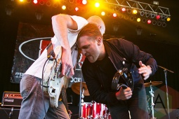 Cold War Kids performing at Chill On The Hill 2015 in Detroit, MI on Sept. 13, 2015. (Photo: Amanda Cain/Aesthetic Magazine)