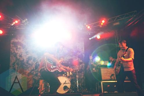 Bear's Den performing at Leeds Festival 2015 on Aug. 29, 2015. (Photo: Priti Shikotra/Aesthetic Magazine)